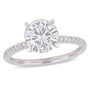 Amour 14k White Gold Moissanite and Diamond Solitaire Engagement Ring