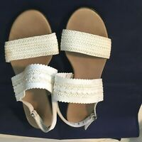 Munro American White Sandals 7W Woven Straps Wide Sling Back