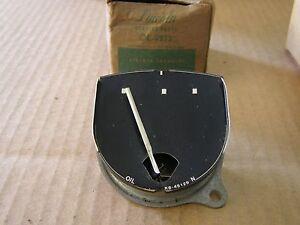 NOS OEM Ford 1950 1951 Lincoln Dash Oil Pressure Gauge Indicator