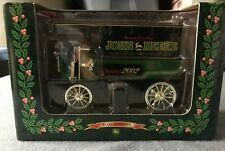 ERTL John Deere 2002 Seasons Greeting 1904 Knox Delivery Wagon Xmas 2002 1:25 8+