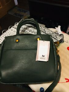 BNWT Green Shoulder/ Handbag