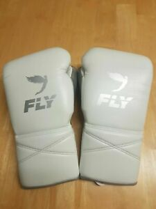 Fly superlace X Boxing Gloves 16oz. Not Winning Reyes, Grant or Rival