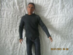 poupée barbie ken black label  basics  002 jean 2009 sans boite rare