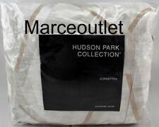 Hudson Park Connettiva Full / Queen Duvet Cover Champagne