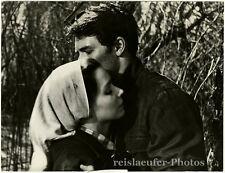 """Susan Strasberg & Laurent Terzieff in """"Kapo"""", Original-Photo von 1960"""