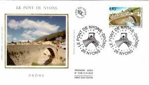 2956  FDC   ENVELOPPE 1er JOUR  SUR SOIE     LE PONT DE NYONS