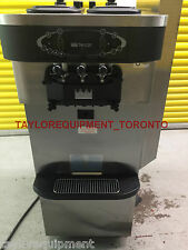 2 AIR COOL 2013 Taylor 3 PH C723-33 Frozen yogurt soft serve Ice Cream Machine