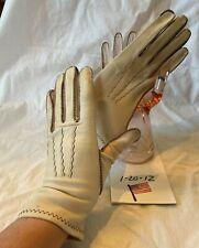 Sweet Vintage Unmarked Wrist Length Beige Deerskin Ladies' Gloves Size 7