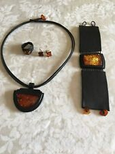 Baltic Amber Jewelly leather set