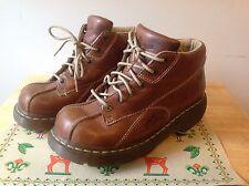 Doc MARTENS  Tan Brown Women's UK 7 USA 9 Boots 12281 AIRWAIR Flowers Eur 41