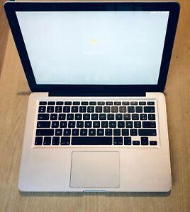 "Apple MacBook Pro 13"" Intel C2D 2,4 GHz, 4 Go RAM,  500Go HDD, 2010 AZERTY"