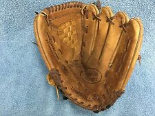 "Louisville Slugger LS1101 Slugger Series 11"" Youth Leather Baseball Glove RHT GC"