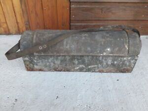 Ancienne caisse à outil en zinc boite mallette rangement rétro vintage plombier