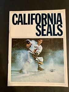 Vintage 1966-7 CALIFORNIA SEALS (Today's San Jose Sharks) SEASON PROGRAM.