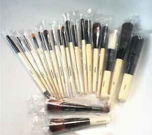 New Bobbi Brown Full Coverage Touch Up Face Blender Foundation Concealer Brush