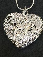 "Heart Filigree Puffy Shinny Charm Tibetan Silver 18"" Necklace BIN"