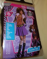 Monster High Clawdeen Wolf 4 pc Outfit. New. Sz Small 4-6