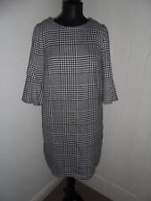 Florence & Fred Black and White Houndstooth Shift Dress in Size 12 *BNWT*