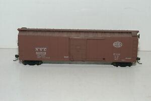 HO Scale New York Central Box Car NYC 80775 Kadee Style Couplers