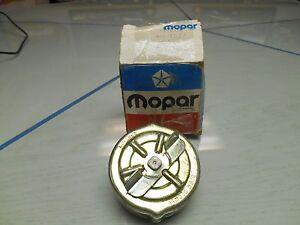 MOPAR GAS CAP for 1977 AFTER 8/25/76, 1978, and ALL INTERMEDCARS NOS PN#4002577