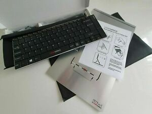 Standivarius Solo X Wireless Rechargeable Keyboard & Oryx Evo E Laptop Stand