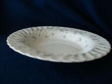 """Wedgwood FIORI aprile 8 1/2"""" piatto Rim Soup Bowl (piccolo chip su base RIM)"""