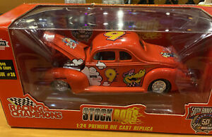 1940 FORD COUPE LAKE SPEED #9 CARTOON NETWORK STOCK RODS ISSUE 36 1:24 NIB (94)