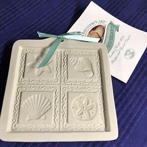 Brown Bag Cookie Art Mold Seashell Cut Apart Cookies Shells Vintage 1997 RETIRED
