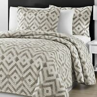 Chevron Quilted Gray & Off White Full Queen & King 3-piece Coverlet Set
