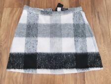 New *Lipsy* (Size 14 Uk)Beautiful  Winter Check Skirt .