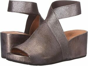 GENTLE SOULS BY KENNETH COLE Sz7.5US GISELE 65 ELASTIC WEDGE LEATHER PEWTER