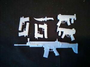 Red Hood Weapons Kit - 1:12th or 1:18th Scale