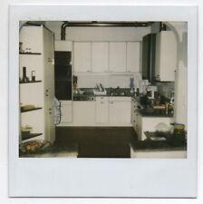PHOTO POLAROÏD Intérieur Appartement Maison Cuisine aménagée Cuisinière 1980