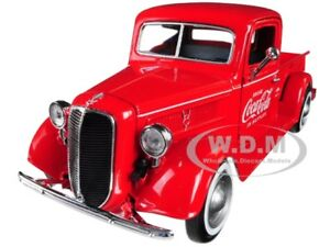 """Box Damaged 1937 FORD PICKUP TRUCK RED W/ 6 BOXES """"COCA-COLA"""" 1/24 MCC 424065"""
