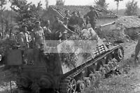 WWII photo Canadian Tank Brigade in the fighting compartment of the German  1394