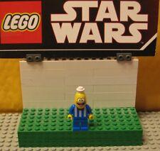 "SPONGEBOB  LEGO  LOT MINIFIGURE MINIFIG  ""  BIKINI BOTTOM ICE CREAM VENDOR 3816"