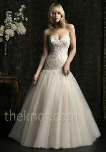 Allure Bridals Wedding Dress 8952 Beaded Tulle sz. 12