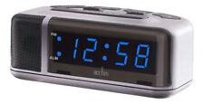 Orologi e sveglie da casa digitale in argento