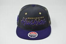 Zephyr Snapback Cap Washington Huskies NCAA DIV I FOOTBALL BRAND NEW