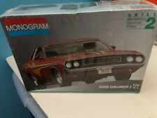 Monogram 1970 Dodge Challenger 2 n 1  BNIB Sealed 1:24 Scale