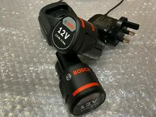 Bosch 12 V Battery Starter Set - 2 x Lithium Batteries + Charger NEW
