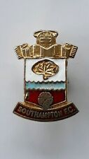 VINTAGE SOUTHAMPTON CLUB CREST BADGE