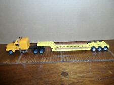 Ho Scale Ford Tractor And Tri-Axel Lowboy Trailer Yellow