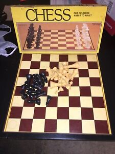 Vintage Board Game 1981 Whitman Chess Board 4833 Brown/Tannish yellow Preowned