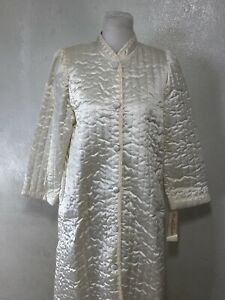 Vintage NOS Miss Elaine Robe Size M Satin Quilted Pockets Deadstock Housecoat