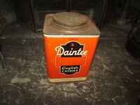 Old metal Daintee english candies chocolate confectionery co.blackpool tin