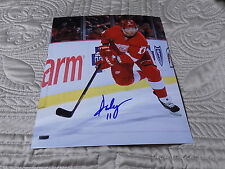 DAN CLEARY AUTOGRAPHED RED WINGS 8X10 PHOTO W/COA