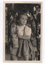 PHOTO ANCIENNE Petite fille Paquet Rivoire & Carret vers 1950 Goûter Repas