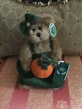 "Bearington Bears Fall ""Jackie O'Lantern"" 10"" w/tags~Retired."