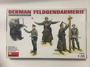 1/35 GERMAN FELDGENDARMERIE PLASTIC MODEL KIT MINIART MA 35046